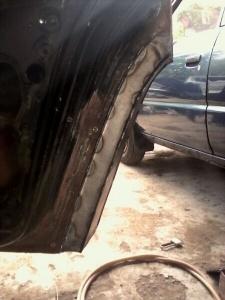 Rear fender construction