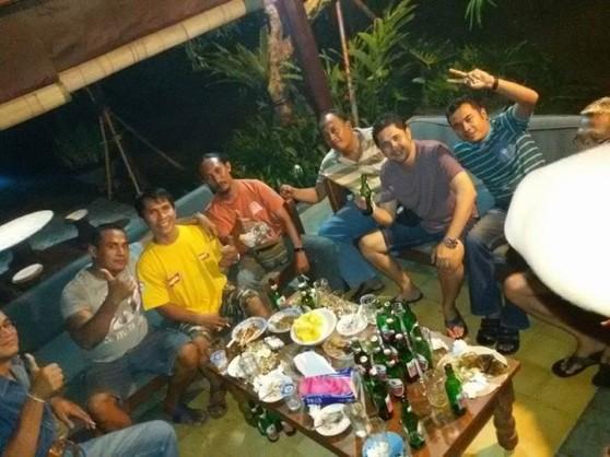 Pesta kecil yang heboh