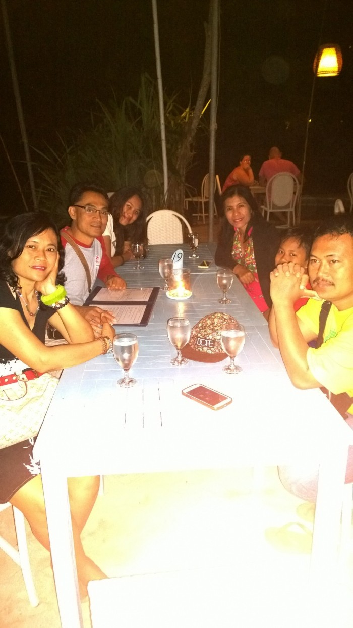 DINNER IN DREAM BEACH RESTAURANT